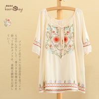 Women national embroidery trend blouse loose t-shirt mori girl half sleeve floral embroidery desigual shirt autumn free shipping