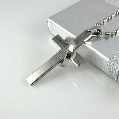 Personalized cross necklace male necklace male pendant titanium jewelry pendant male accounterment boys hangings(China (Mainland))