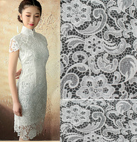 white  Water Soluble Three-dimensional African Heavy Lace Fabrics For Wedding Lace  Dress