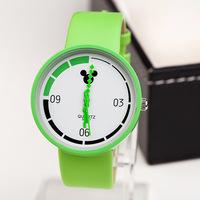 Newest Arrival Fashion Unisex Quartz Watch 4 colors Mickey Cartoon Irregular pointers PU Leather Strap Men Women Dress Watches