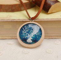 6pcs/lot Christmas White Deer Necklaces Natural Wood Necklaces Leather Cord Animal Pendant Necklaces XL104