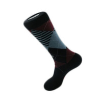 Combed cotton men socks black white 15.7 inch tube long sport breathable stance style 3 colors autumn winter Men's clothing