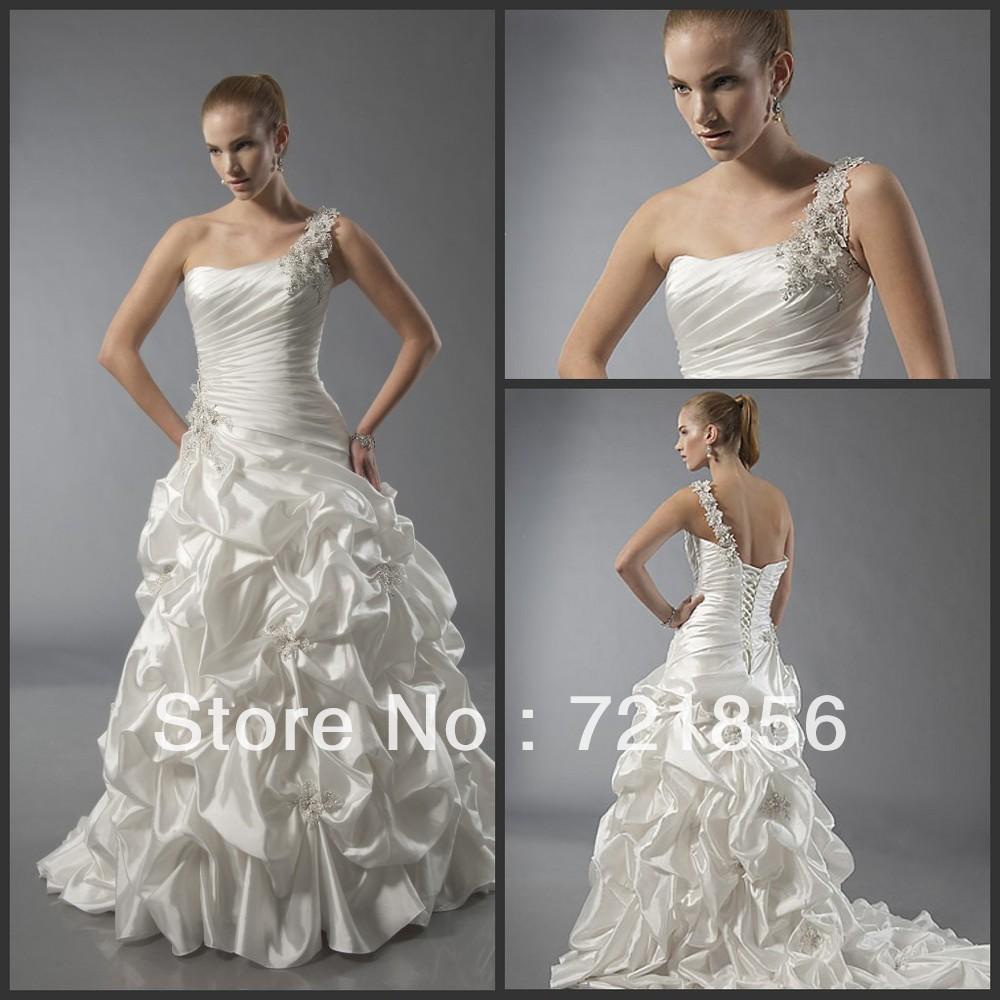 wdu-02 2014 New Arrival Custom Made Fold One-shoulder Bandage Train Beads Crystal Wedding Dresses(China (Mainland))