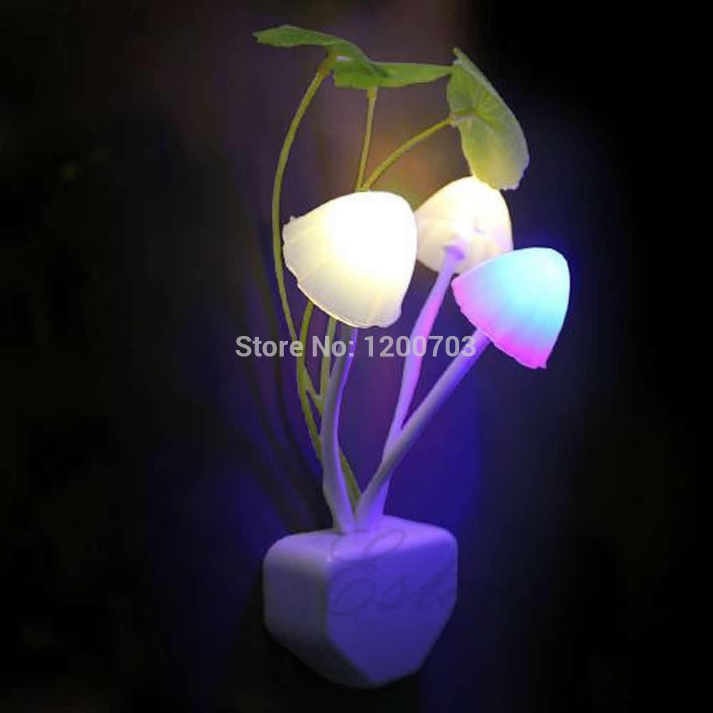 G104Colorful Romantic LED Mushroom Night Light DreamBed Lamp Home Illumination free shipping(China (Mainland))