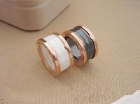 Luxury black / white ceramic threaded ring / head panel, rose gold titanium steel Brand Women / Men Ring Free Shipping