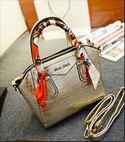 Autumn influx of new female bag crocodile pattern scarves Korean female bag bag tide bag brand handbags wholesale