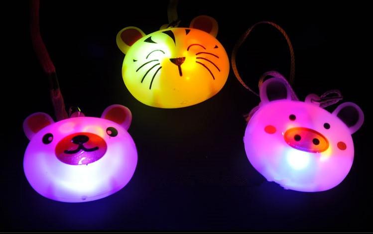 50pcs/lot Kids Birthday Party Favors Light-up Toys Glowing Cute Animals Star Heart Bear Rabbit Flashing LED Necklace(China (Mainland))