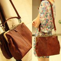 2014 new handbag Korean version of the Spanish antique 1980s retro bag hand shoulder bag Messenger bag handbag tide