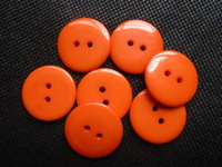 100pcs 23mm Buttons Round 2 Holes Sewing Resin Buttons For Scrapbooking Baby Buttons Shirt Garment Clothes Buttons,Orange color
