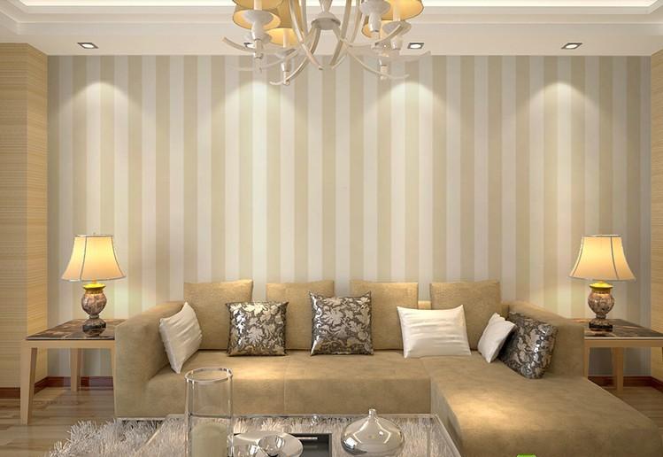 Parete Gialla E Grigia : Cream and White Striped Wall Bedroom