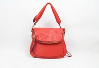 2014 brand design women's JENNIFER MEDIUM LEATHER MESSENGER ZIP STRAP BAG with expandable zip around bottom NO.T-618