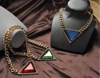 2014 Temperament Geometry Triangle Rhinestone Pendant Metal Necklace Clavicle Necklace Free Shipping