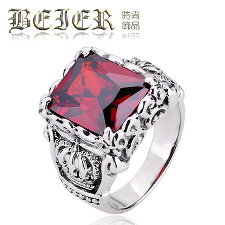 FREE SHIPPINGBEIER Thai silver retro pattern ruby crown jewels silver ring ring Korean men in Europe and America(China (Mainland))