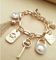 2014 New Coming Fashion  Alloy Bangles and bracelet Small Rivet punk Bracelet Vintage Gold And Silver Michael Bracelet Bangles