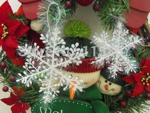زيتة عيد الميلاد 50pcs-lot-White-Plastic-font-b-Christmas-b-font-Snowflake-Sheet-font-b-Ornament-b-font