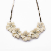 Antique Sliver Brand New Statement Necklaces Ivory Daisy Floral Statement Necklace