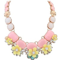 New Arrival 2014 Fashion  Jewelry luxury crystal Multicolor Necklace Women Vintage Bib Statement Necklaces & Pendants