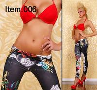 Free shipping  Fashion and sexy Knitting Colorful graffiti leggings  printed loving heart nine points women's leggings WZ071