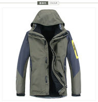 2014 Brand Fashion Trend Men's 3in1 Double Layer Sports Coat Winter Top Outdoor Waterproof Climbing Clothes Jacket