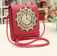 The new 2014 character clock printing tide restoring ancient ways women's shoulder bag female version of his