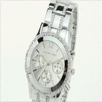 HOT!New 2014 Fashion Women leather strap watches quartz wristwatch dress watch flower design smart watch HOT Fashion watches !