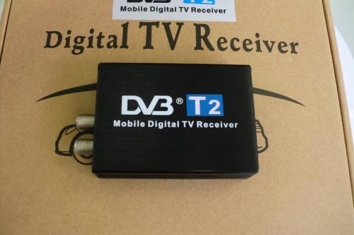 Dvb carro T2 120 km/h dupla antena H.264 MPEG4 Mobile Digital TV Box External DVB-T2 USB Car receptor de TV grátis frete(China (Mainland))
