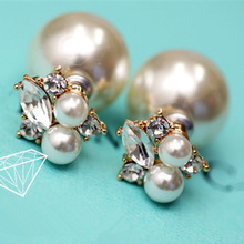 New 2014 Women s Jewely Fashion brinco Rhinestone Big Pearl two sided Wear Stud Earrings