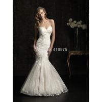 Mermaid Sweetheart Lace Long Wedding Dress With Button HWGJMWD11