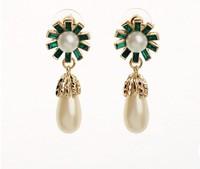 2014 New Stud Earrings Trendy Fashion flower with pearl Earrings Colorful Statement Earrings for women jewelry