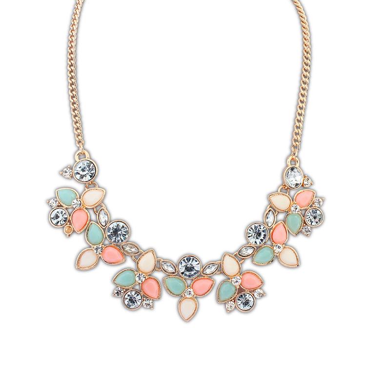2014 New Colorful Fashion Leaf Rhinestone Resin Short Women Collar Choker Necklace Statement Jewelry