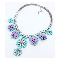 CTT Wholesale Good Quality New Jewelry Four Colors Petals Leaves Overlapping Exaggerated  Alloy Short Sweater Necklace Chain