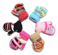New babies fleece gloves full-fingered winter mitten with flower plus velvet mixed color warm wool kids gloves 5 pairs/lotA00038
