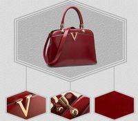 2014 new fashion luxury women handbag designer PU leather solid messenger bag zipper bright surface for girls shoulder bag punk