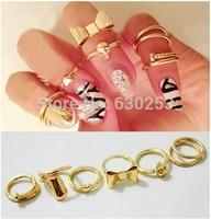 7Pcs Vogue Gold Skull Bowknot Heart Design Simple Nail Band Mid Finger Rings Set