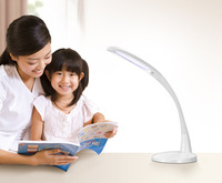 2014 Hottest Eco-friendly White Touch Panel Modern Led Desk Lamp