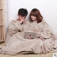 Color Randomly Coral Velvet Snuggie Blanket With Sleeve TV Warmer Blanket Shawl Soft Lazy Cobertor Blanket 1PC 1.4X1.8M