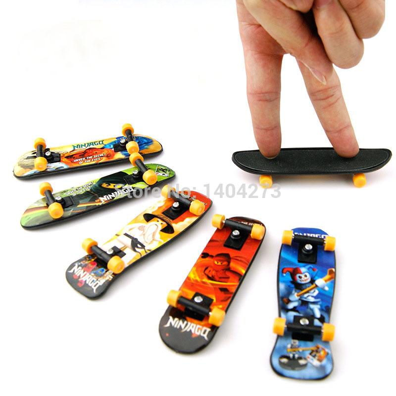 Finger skateboard aluminium alloy Fingerboard finger board for children Kid's finger board toy penny board free shipping(China (Mainland))