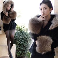European Women Winter Raccoon Fur Hat Hooded Coat Fur Jacket Warm Winter Fur OL Winter Parka
