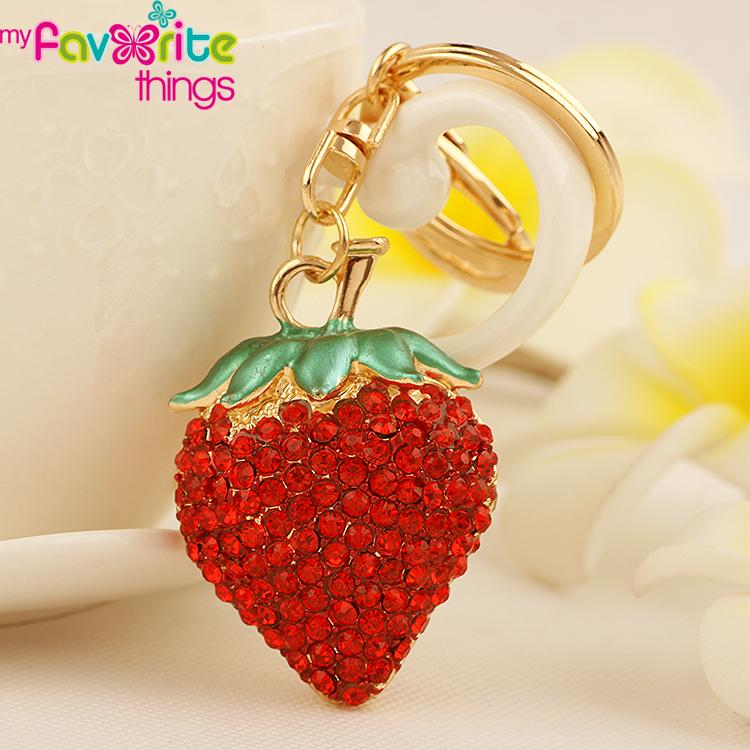 Hot Small Rhinestone Red Strawberry Key Chain Fashion Crystal Trinket Metal Keychain keyring for Women Bag Charm Pendant Jewelry(China (Mainland))