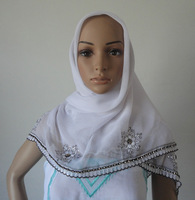 Oumeina made to order muslim bandanas hijab woman scarf:Solid Voile P/D batik flower located embroidery with stone apps HYS-32