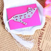 50PCS/LOT Wholesale Metal Bookmarks Wedding Favor Wedding Gift Ideas Small Street Vendor Sourcing Models Heels Bookmark