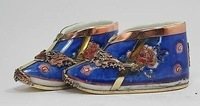 CHINESE HANDWORK PAIR PAINTING DRAGON PHOENIX RARE PORCELAIN SHOES DECORATION / Free Shipping
