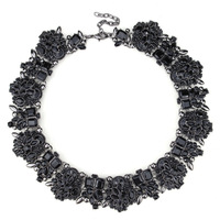 Newest Stylish Resin Black Gems Clustered Statement Gothic Necklace Banquet Queen Jewelry