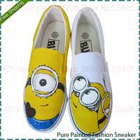 Cartoon Despicable Me Minions Men Slip-On Breathable Shoe Fashion Men's Hand Painted Canvas Shoes Boys Casual Sneakers Men