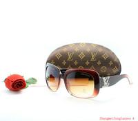 Hot Brand Unisex Sunglasses With Boex Fashion Glasses For Men and Women Sun glasses Good Quality Eyewear Big Logo