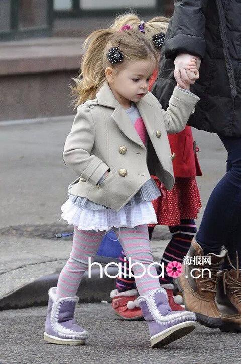 Photo of Victoria Beckham & her Daughter  Harper Seven Beckham