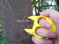 Women's self-defense supplies outdoor portable finger hard plastic buckle new Steller key pendant key chain accessories