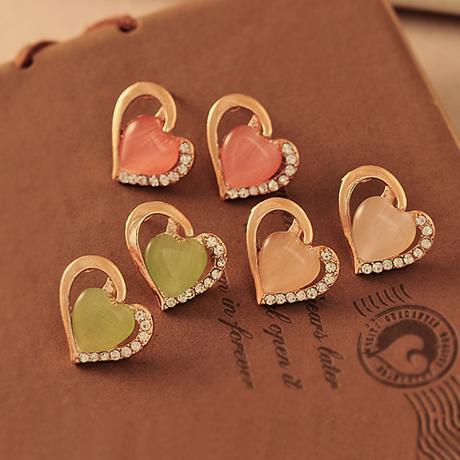 Promotion Lovely Heart Opal Gem Rhinestone Green Pink Beige Earrings E164(China (Mainland))