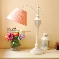 Free shipping European minimalist bedroom bedside lamp creative decorative garden lamp study lamp