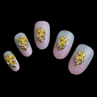 NEW ARRIVAL 30pcs/lot Bling Rhinestones Gold Crown Faux Pearl Salon 3D Alloy Nail Art Craft Jewelry DIY Decorations Accessories